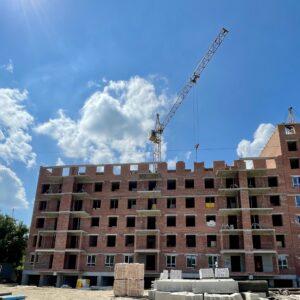 Капітальне будівництво зовнішніх стін 7-го фактичного поверху