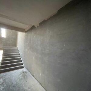 Штукатурення стін досягло 2-го фактичного поверху