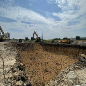 Почали будівництво другого підземного паркінгу за секціями №4 і №5