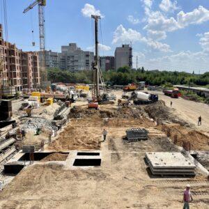 Будівництво підземного паркінгу №1: Було здійснено бетонування першої частини перекриття