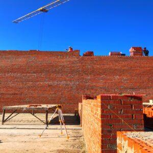 Капітальне будівництво зовнішніх стін 5-го фактичного поверху